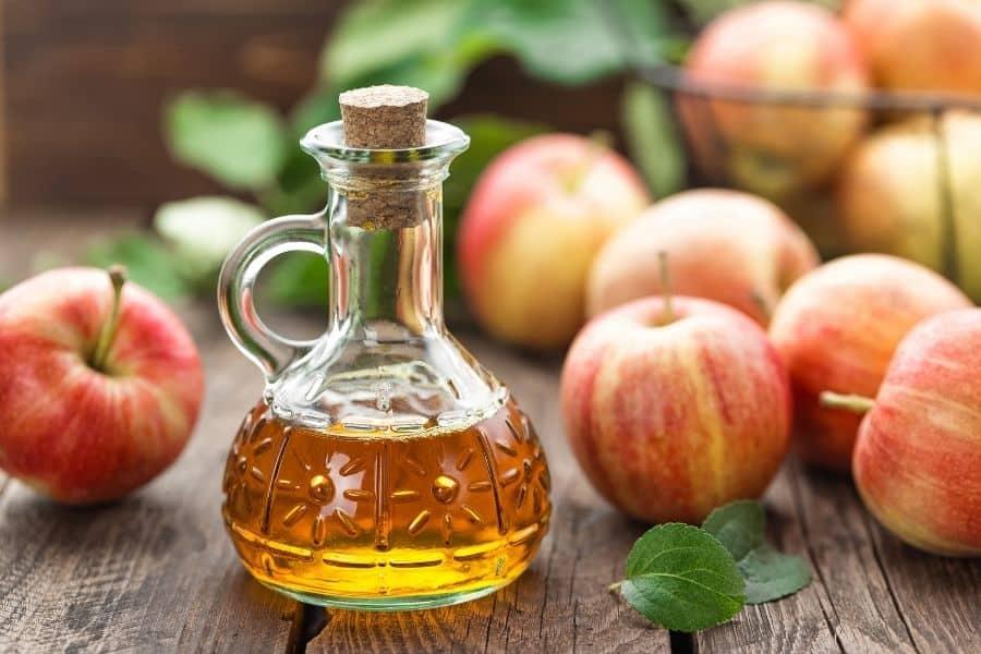 Apple Cider Vinegar Rinse For Curly Hair