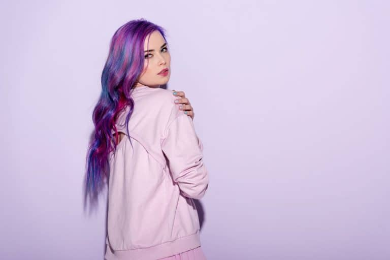 dyeing dark hair purple without bleach