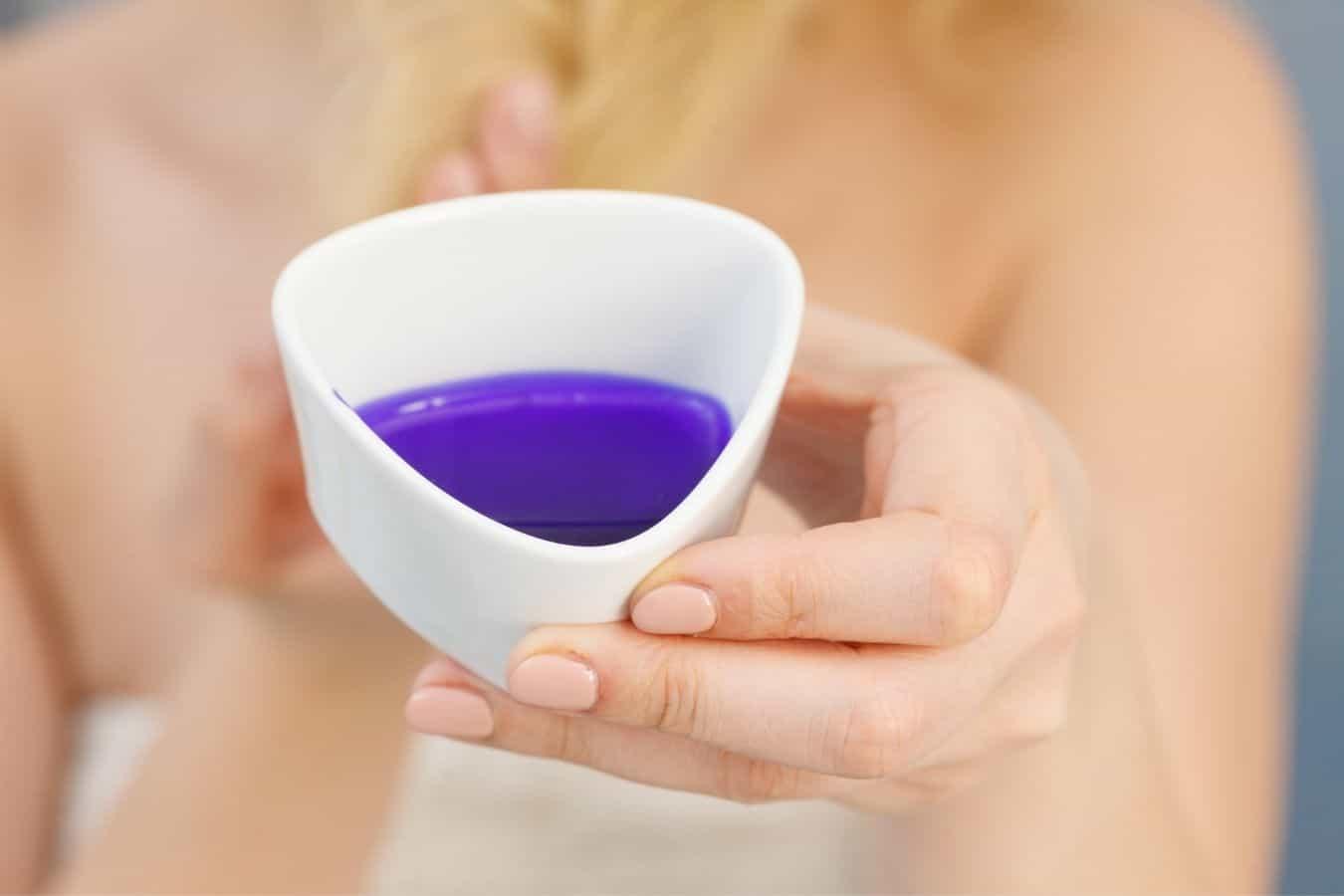 purple shampoo on dry hair