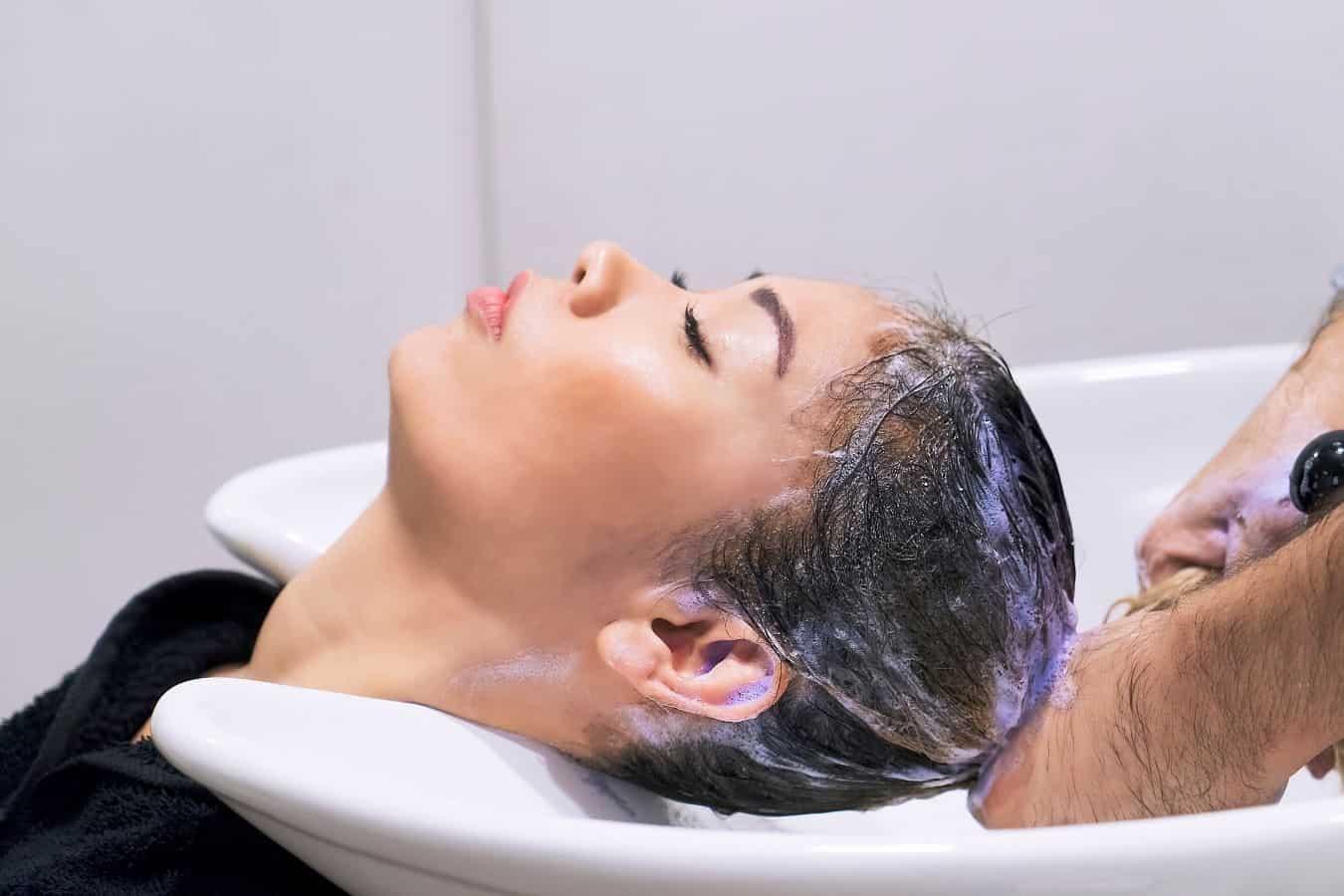 The Right Way To Use Purple Shampoo