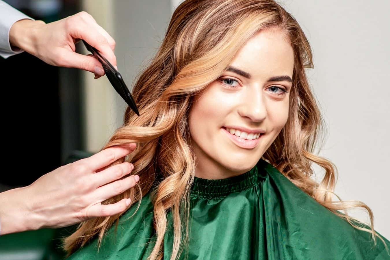 styling hair with gel