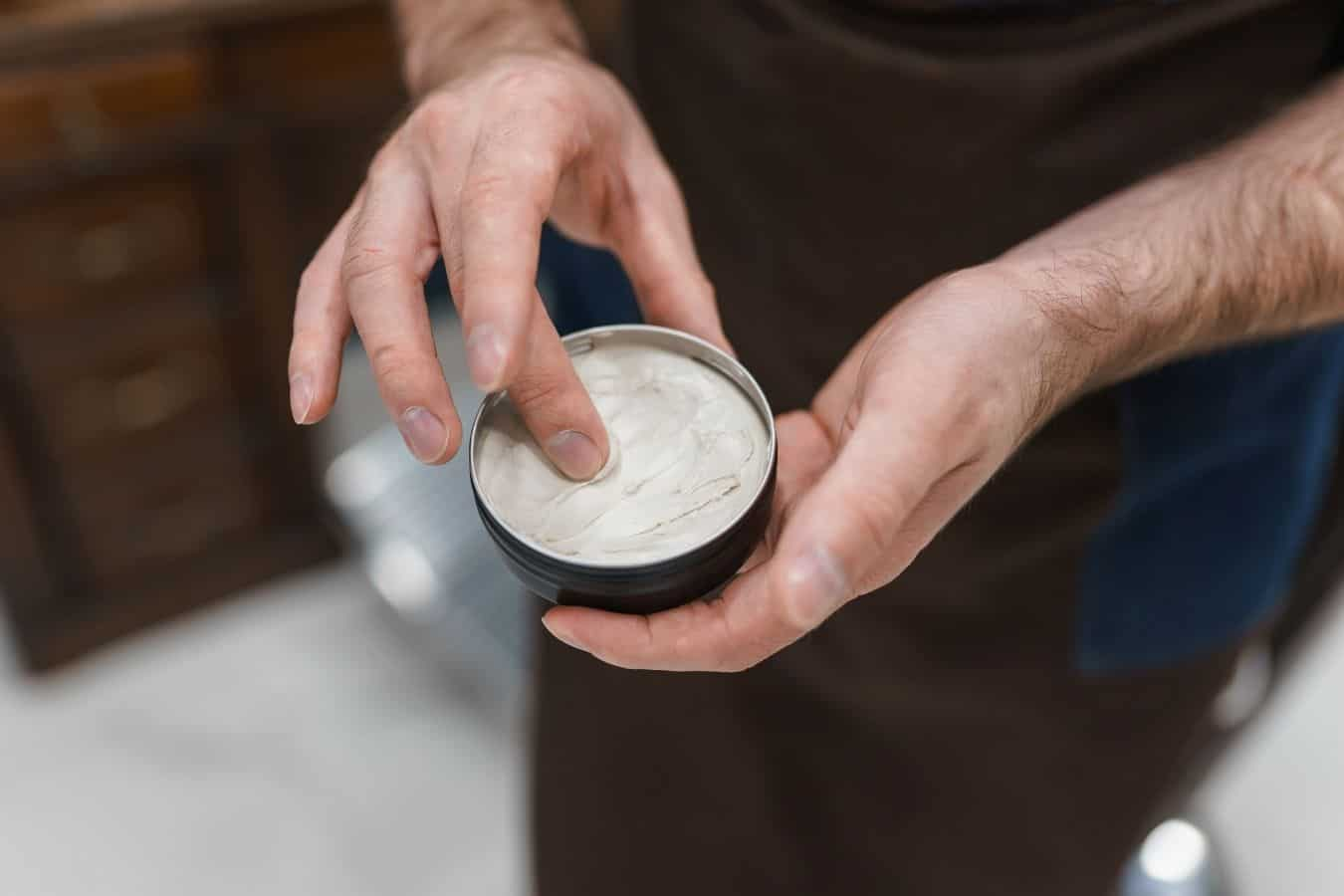 Things You Shouldn't Do when Removing Pomade