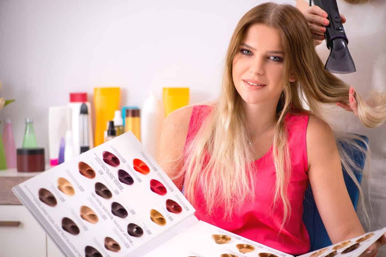 How To Prepare for Dying Your Hair at the Salon