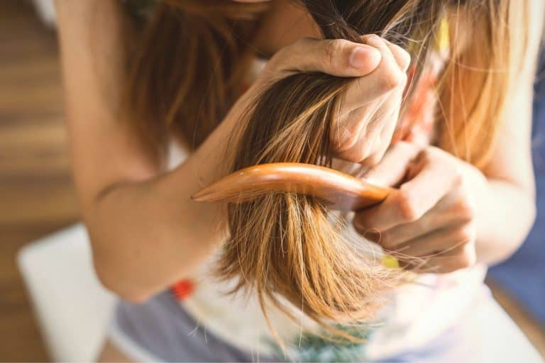 How to detangle matted hair 1